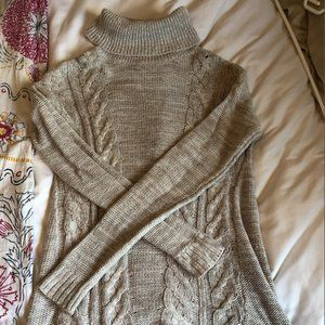 Old Navy Knit Turtleneck sweater